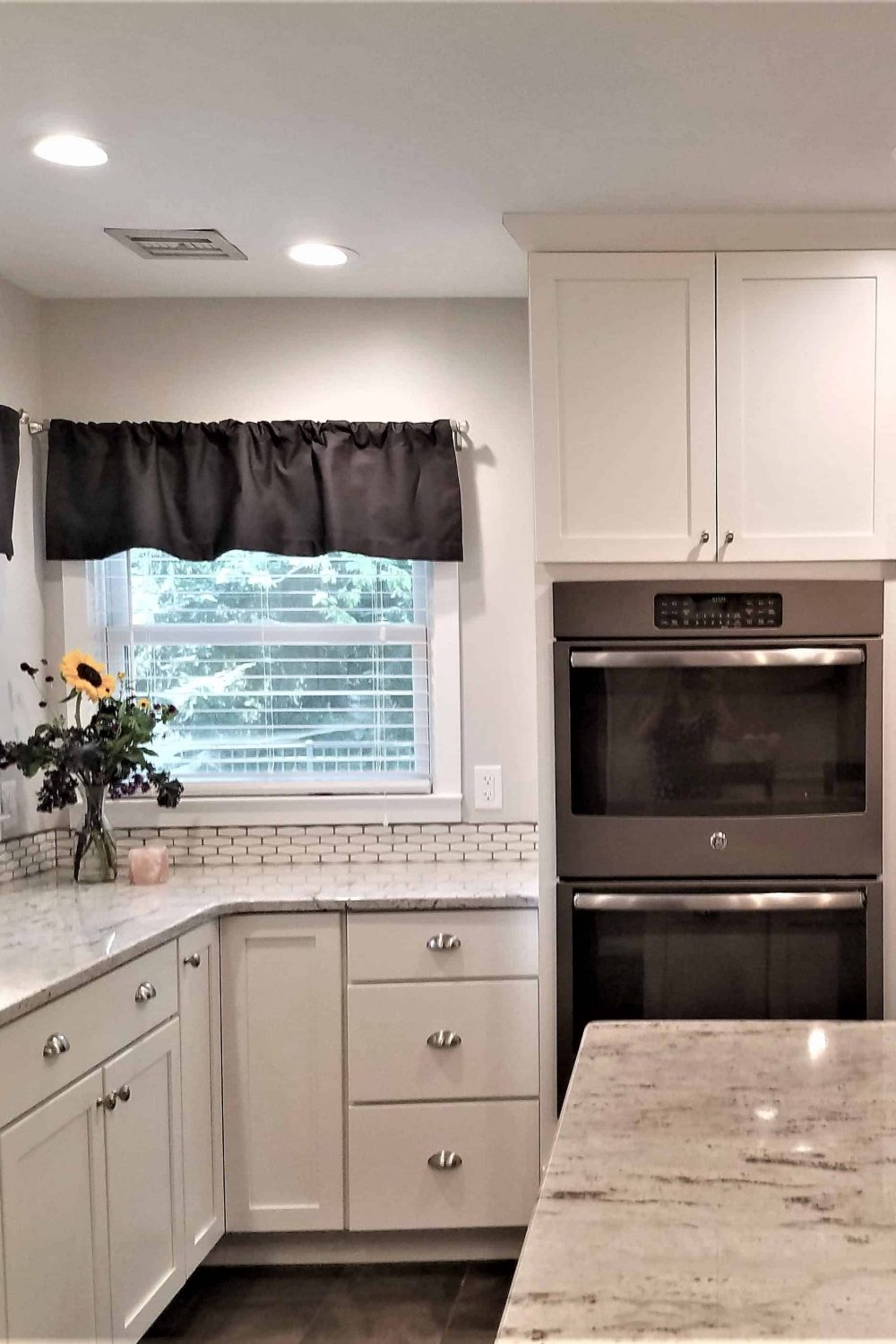 Cabinetry Terms to know-full overlay